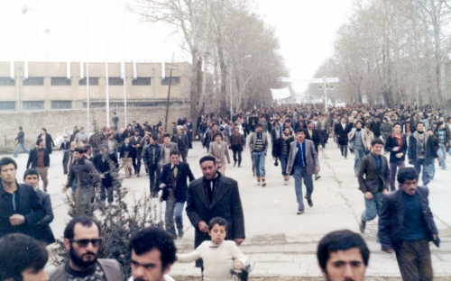 واقعه 30 مهر 57 همدان در انتظار بازشناسي
