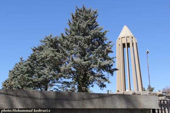 آرامگاه ابوعلی سینا در پایتخت تاریخ وتمدن ایران زمین