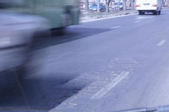 وصله های بی اعتمادی بر دامن جاده ها ((از پل غدیر تا فلکه فرودگاه همدان))