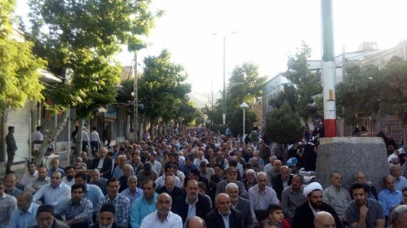 نمازعیدفطرشهرستان تویسرکان-عکاس:زنگنه
