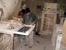 فعالیت40درصدی اهالی روستای کاج  رزن در حرفه قاب سازی