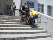 مناسب سازی اماکن و معابر شهری اسدآباد برای معلولین و جانبازان یک نیاز است