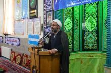 یاران خمینی آمدند تا یاوران امام امروز باشند/ ماه رمضان، انسان را از گم شدن و دل بستن به زندگی مادی دور می کند