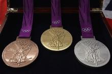ویترین مدال آوران مادستانی در نیمه اول سال