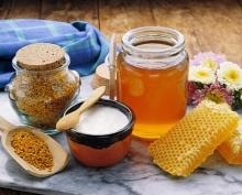 راههای تشخیص عسل طبیعی از عسل تقلبی