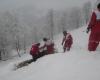 نجات 1300 مسافر از یخزدگی و برف