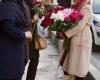 قشنگ ترین دختر گل فروش تهران + تصاویر