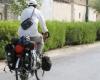 دوچرخه سوار همداني از حرم تا حرم را ركاب مي زند