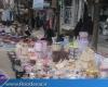 نفس تنگ بهشت گم شده غرب ایران در بساط دست فروشان