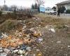 پاكسازي 45 كيلومتر از راه هاي شهرستان رزن از زباله