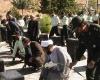 غبار روبی گلزار شهدای تویسرکان توسط سبزپوشان نیروی انتظامی