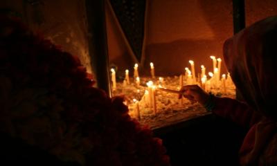 آیین شام غریبان حسینی با حزن و اندوه در همدان برگزارشد